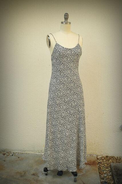 TRACY M Maxi Size Medium Junior Dress Vintage 1980s Tiny Feminine Flowers