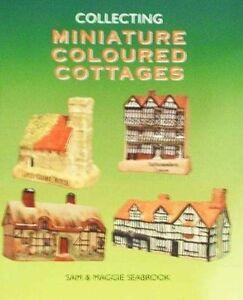 BOOK-LIVRE-MINIATURE-COLOURED-COTTAGES