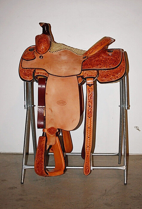 Western Natural Leather  Hand Tooled Roper Ranch 16  Saddle   Tan Suede Seat  various sizes