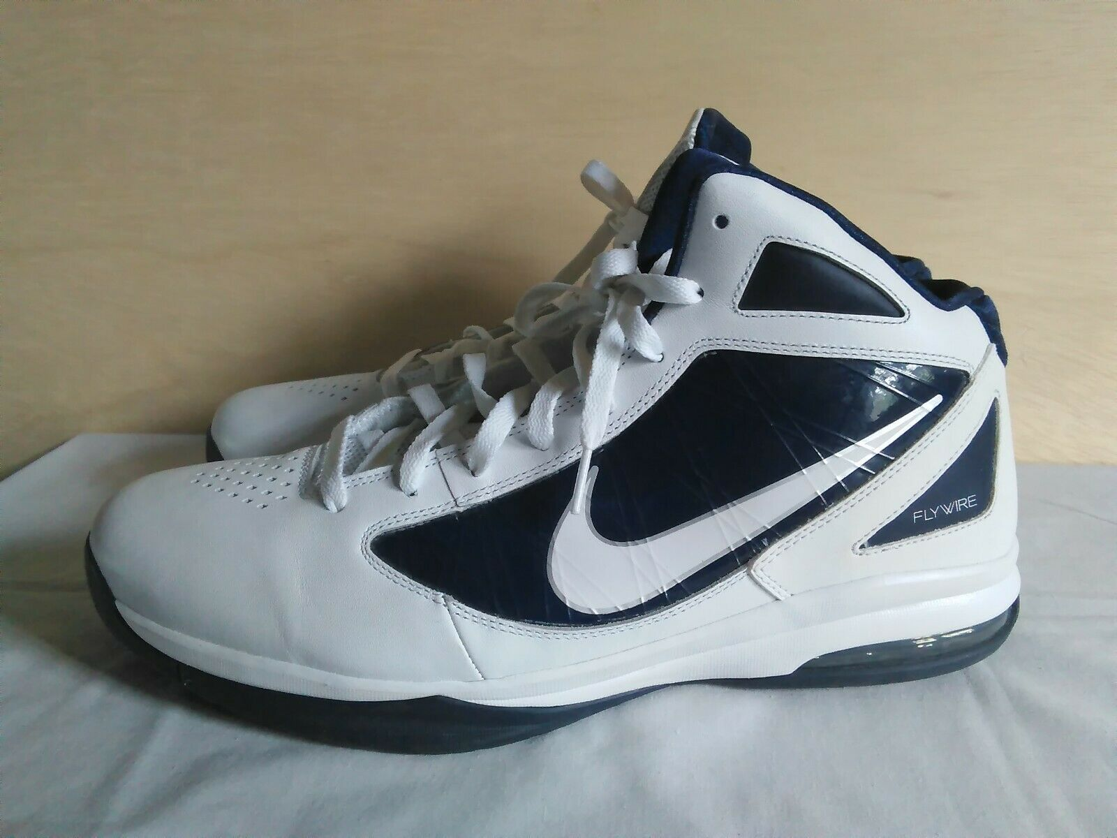2011 Nike Air Max Destiny TB Flywire Basketball shoes - Mens Size 15