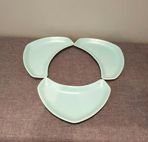 Poole-Pottery-Twintone-Ice-Green-amp-White-Crescent-Shaped-Side-Plates-Set-of-3