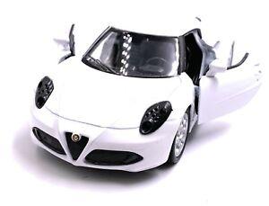 Alfa-Romeo-4c-Auto-Sportive-Modellino-Auto-Auto-Bianco-Scala-1-3-4-Licenza