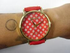 Montre fantaisie rouge à pois blancs bracelet simili cuir originale rétro pinup
