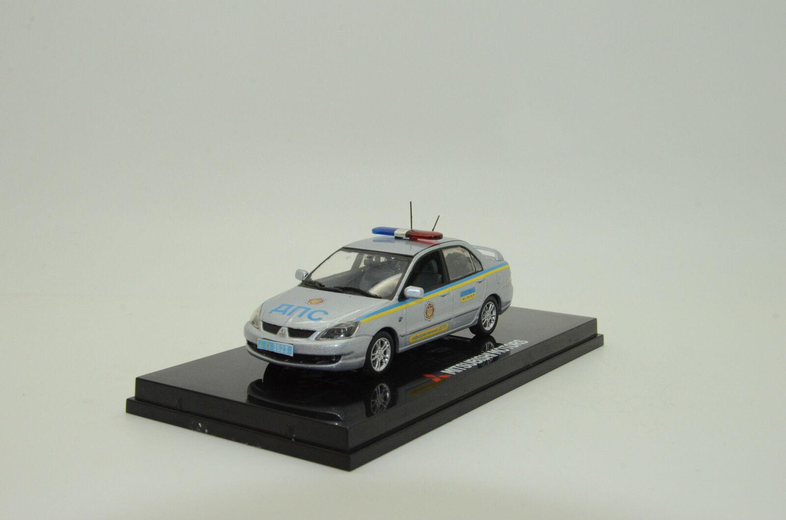 rara    Mitsubishi Lancer Ucrania policía Vitesse 1 43