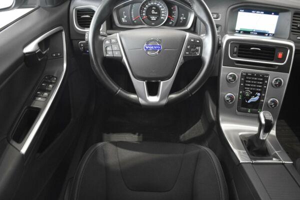 Volvo V60 2,0 D4 181 Momentum Drive-E Van - billede 5
