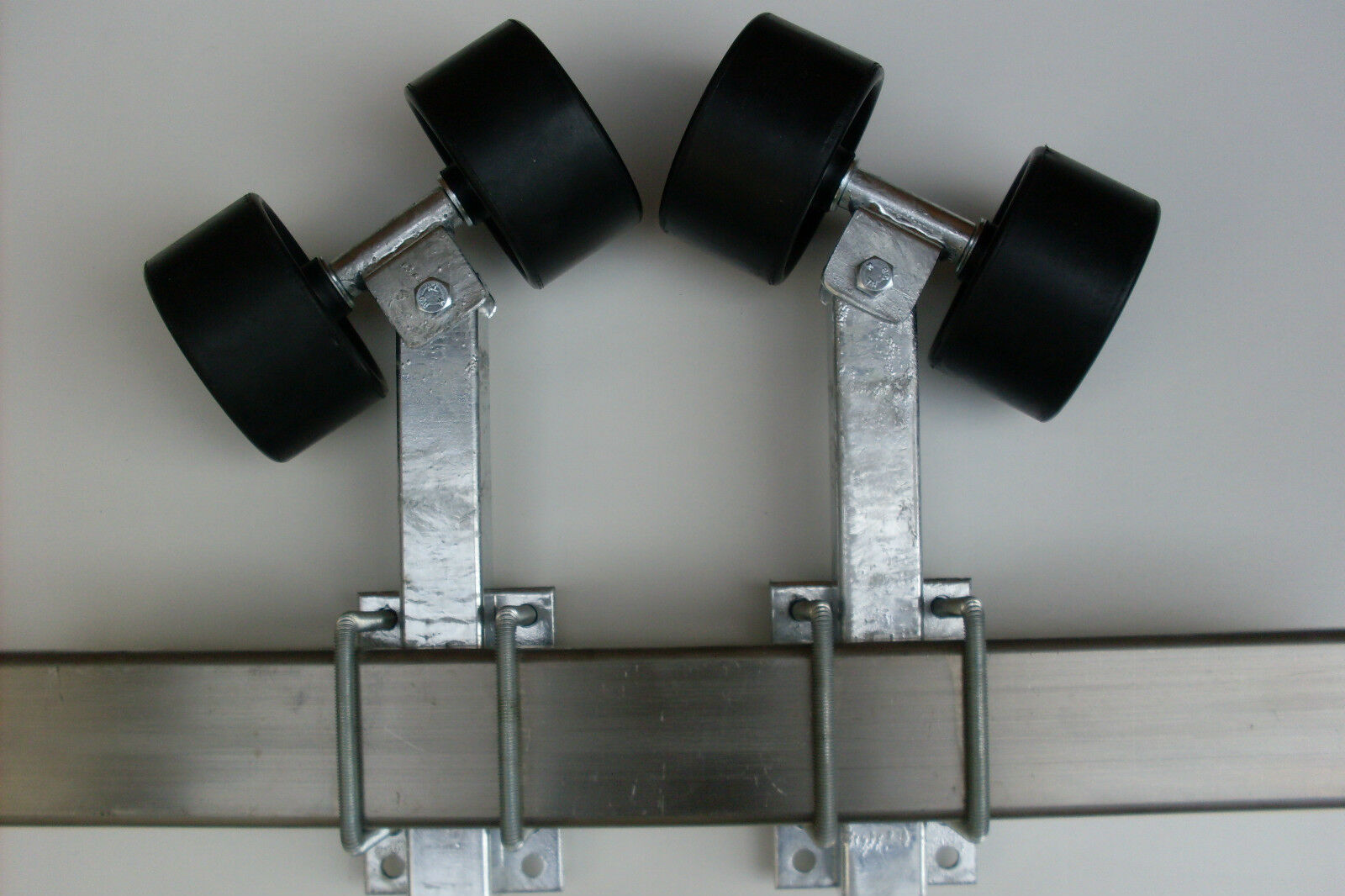 Sliprollen 2 mit Pendel für Stiefeltrailer, Sliphilfe,1Paar, 2 Sliprollen Stützenlängen wählbar 0c3130