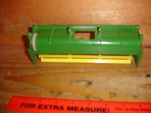 Details about 1/28 John Deere 6600 Combine Head