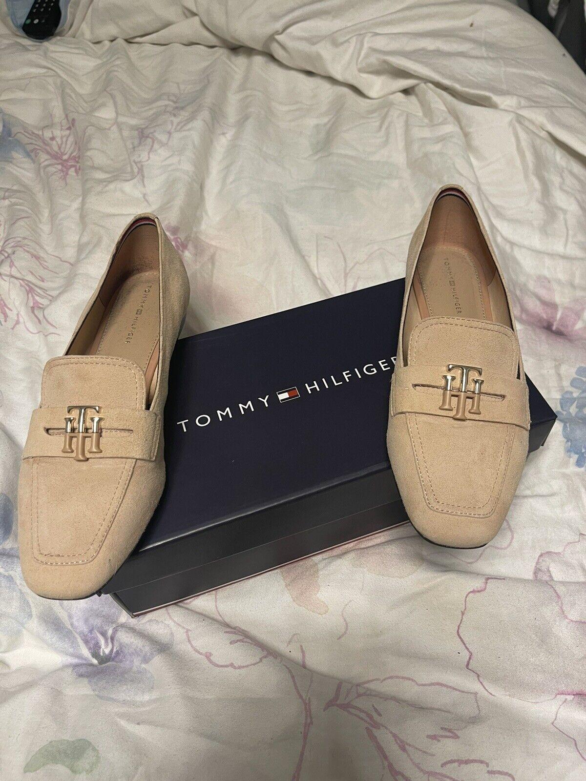 Tommy Hilfiger Shoes Size 4