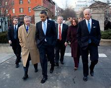 PRESIDENT BARACK OBAMA WALKS w/ JOE BIDEN & OTHERS IN 2010 - 8X10 PHOTO (ZY-581)