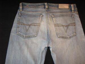 Diesel-Jeans-Mens-Levan-Distressed-Wash-86N-Straight-Leg-30-X-29-Italy