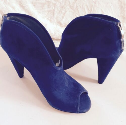 Vince Camuto Women/'s Peep-Toe Midnight Blue Suede Bootie with 4in heel.
