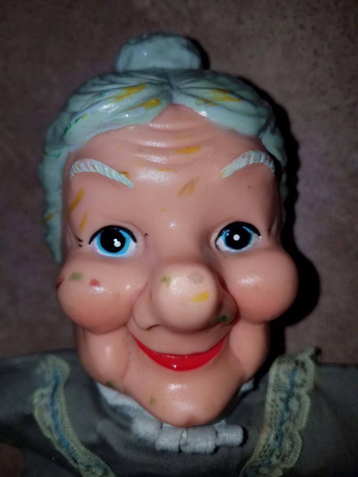 VINTAGE OLD GRANNY LADY HAND PUPPET