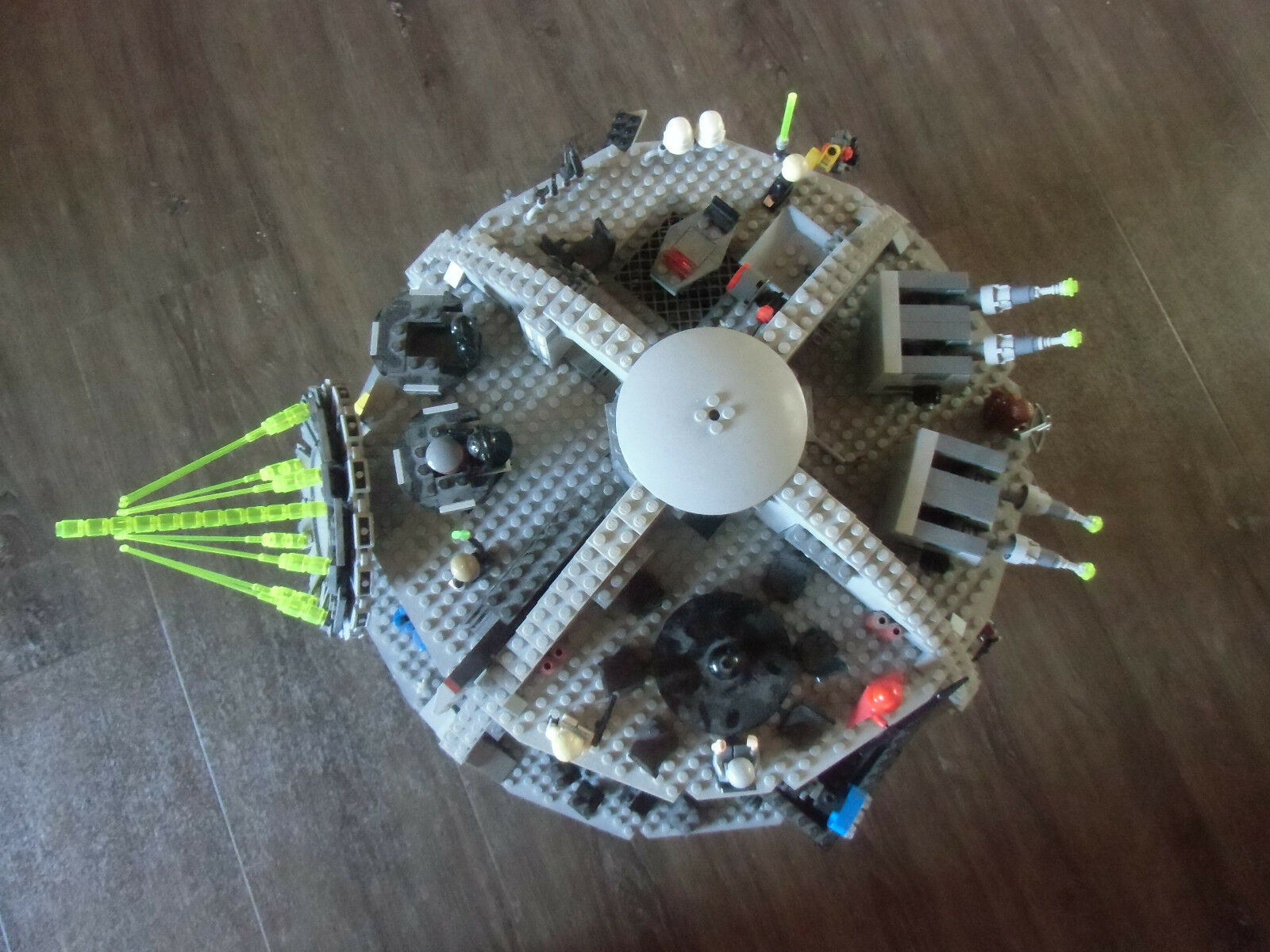 Lego Todesstern Modell 10188 mit alle Figuren selten