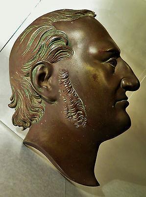 Capable 6294:relief Eines Männerkopfes Messing Oder Bronze Wohl Um 1900 19,5cm Groß.