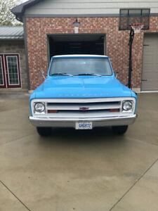 1967 Chevrolet C10 Custom Cab