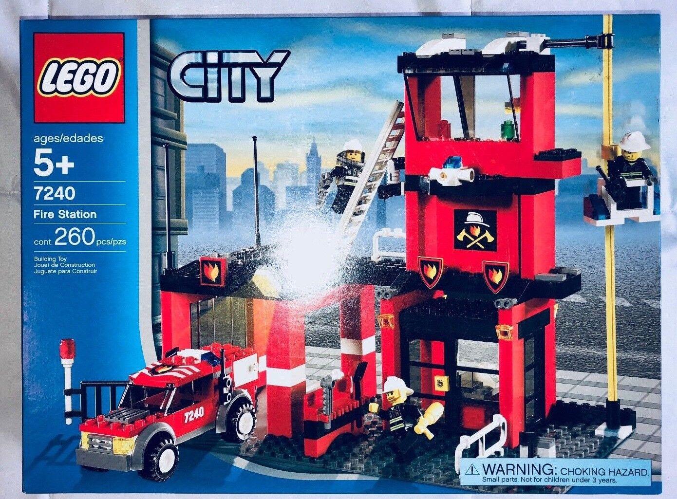 NEW  7240 LEGO City Fire Station Set NISB