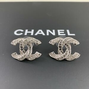 b2d43394efb47 Details about NEW Chanel Logo Silver Tone Crystals Twisted LARGE 1