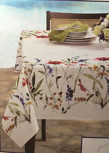 NEW Beautiful Floral Print 60 x 104 100% Treated polyester ...