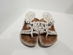 432f4e346e2c7 Clarks Artisan Womens White Leather Wedge Flip Flop Sandals Size 8.5 ...