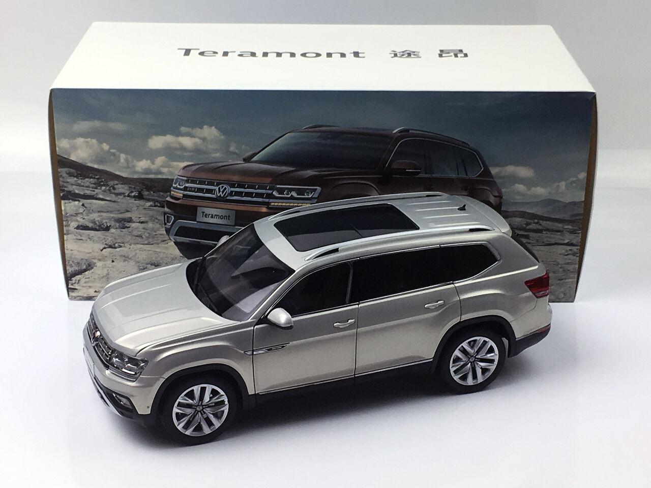 Volkswagen Teramont SUV Plata Metal Fundido Modelo de Coche