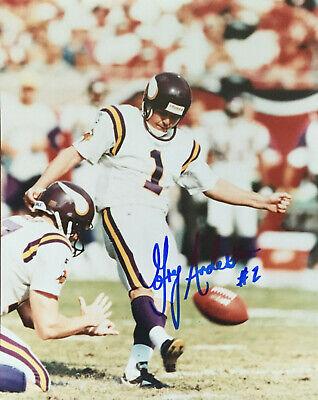 Bud Grant Autographed Minnesota Vikings HOF/'er B//W 8x10 Photo W//COA