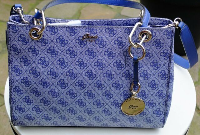 Tolle GUESS Tasche Henkeltasche Jaqui Satchel Blue 33x24x15 (BHT) Text lesen