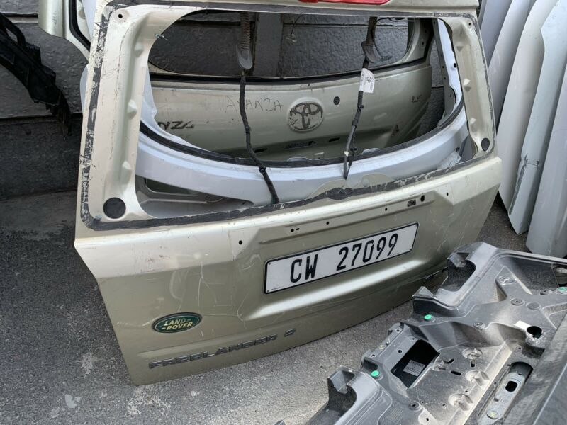 Secondhand land rover freelander 2 tailgate