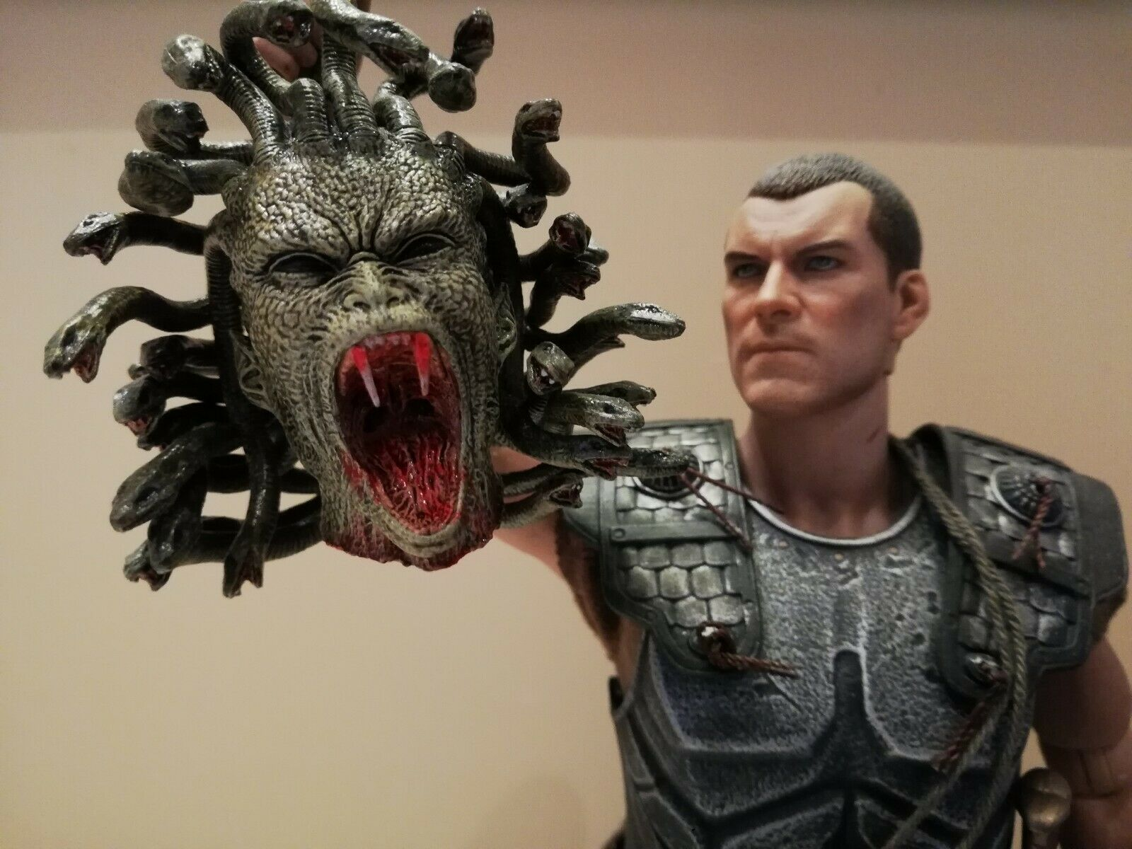 Hot Toys Perseus wrath of the titans figure 1 6