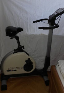 Heimtrainer-Fahrrad-Trimmrad-Hometrainer-Fitnessbike-von-Kettler