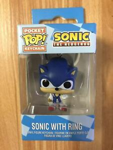 Sonic-the-Hedgehog-Keyring-Sonic-With-Ring-Figure-Funko-POP-Pocket-Keychain