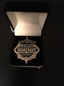 Blizzcon-2014-RARE-WoW-10-Year-Anniversary-Logo-Pin-Blizzard-Collectible