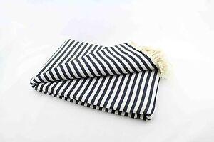 plaid tagesdecke kuscheldecke zebra geschreift in schwarz wei ca 220 x 260 cm ebay. Black Bedroom Furniture Sets. Home Design Ideas