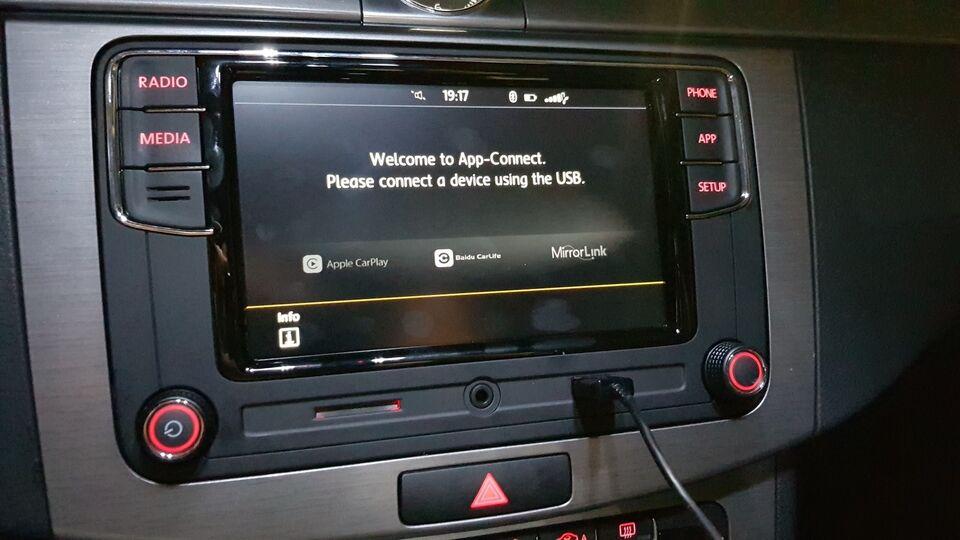 Multimedia system, VW RCD330 Plus