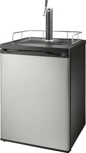 Insignia-5-6-Cu-Ft-1-Tap-Beverage-Cooler-Kegerator-Stainless-steel