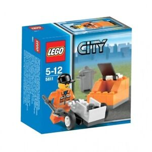 LEGO-SERIES-CITY-Public-Works-5611-BNIB-Retired