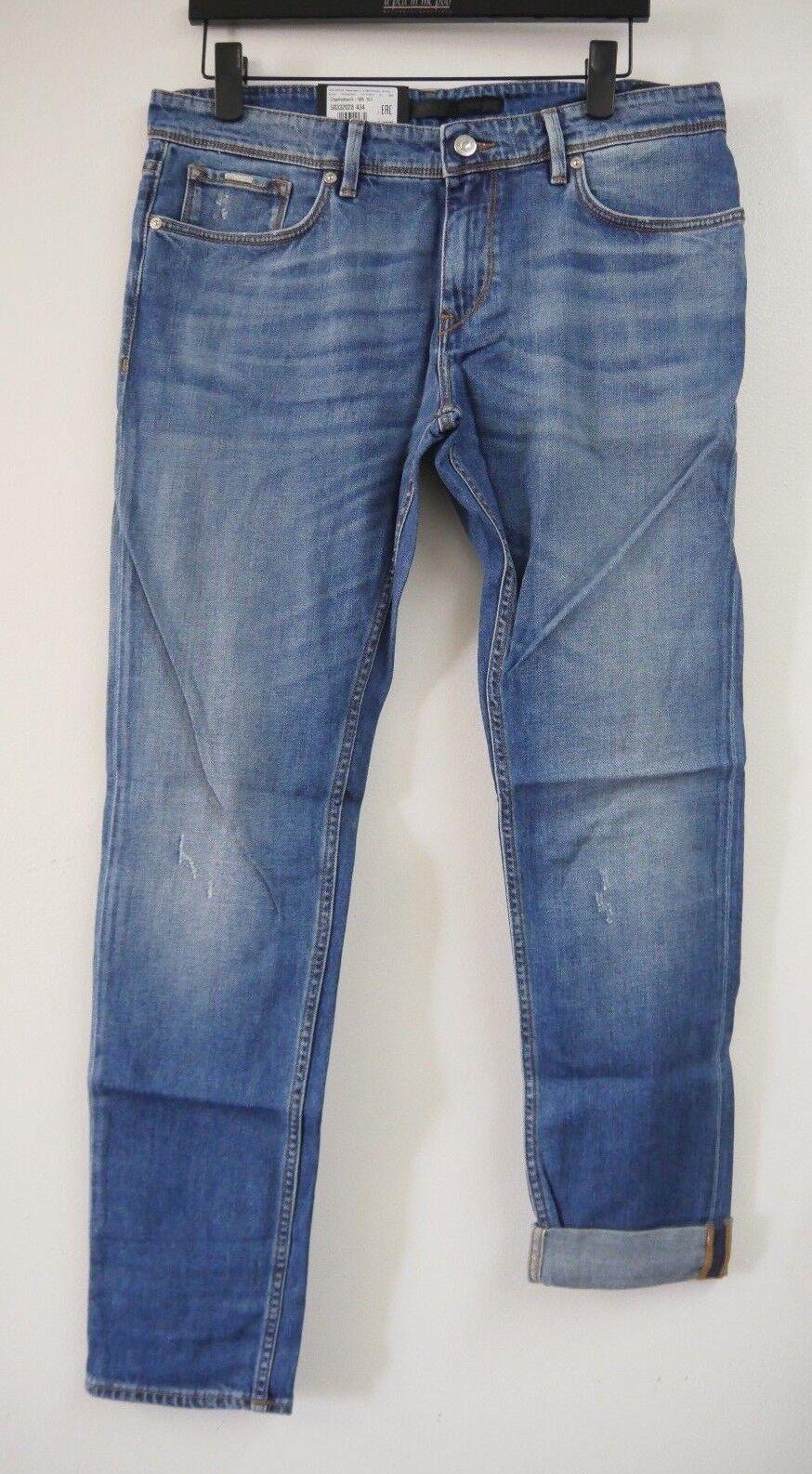 Hugo Boss Men's Charleston 3 Finest Italian Fabric Stretch bluee Jeans, W34 L32