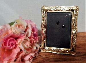 Picture-Frame-Photo-Frame-Portrait-or-Landscape-Ornate-Art-Deco-VTG-Gold-Metal