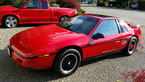 REDUCED!!! 1988 Fiero Formula, Low kms, Auto, V6, All Orig