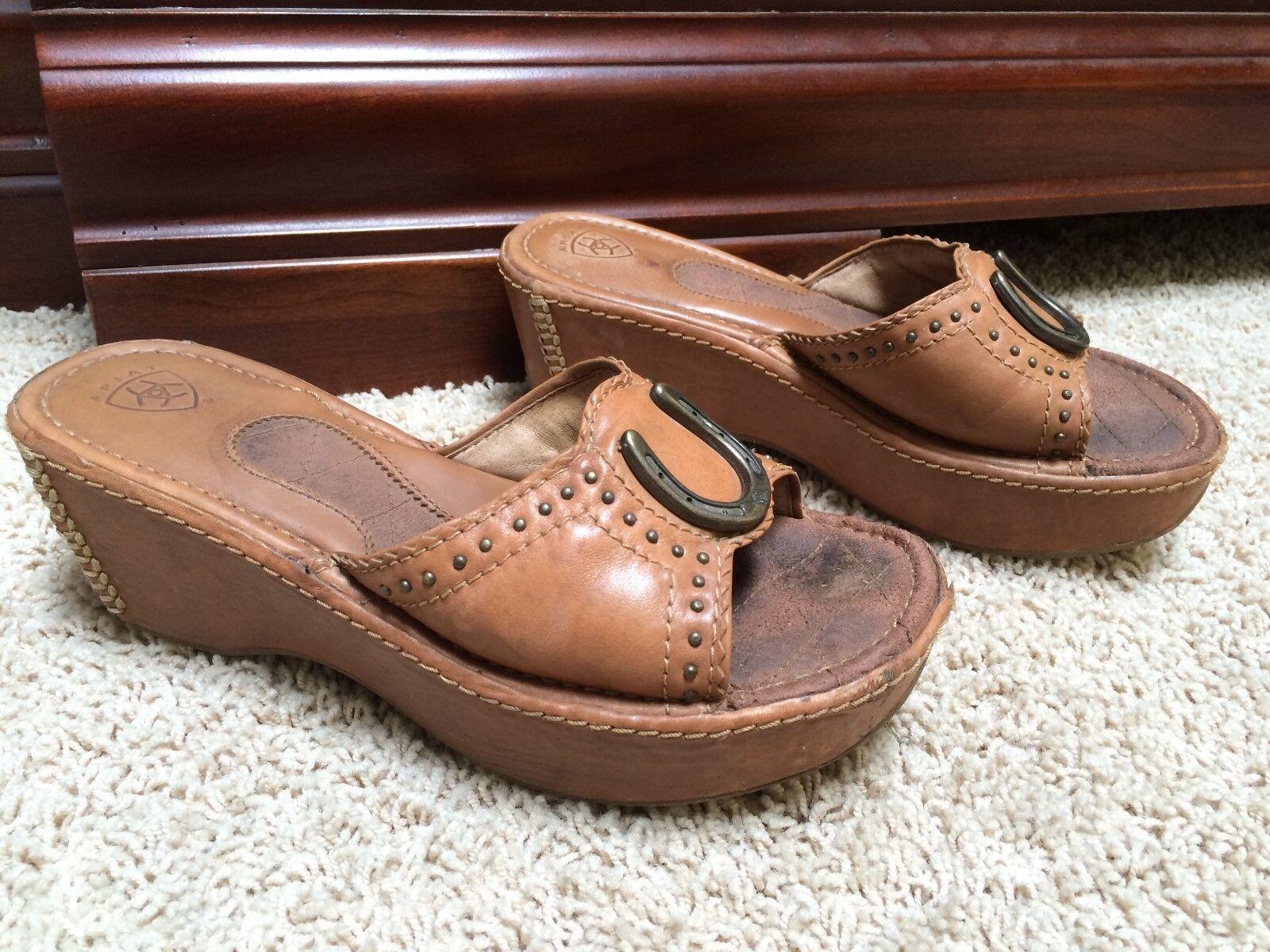 ARIAT Casey Wedge Shoes Horseshoe 21670 Emblem Woman's Size 6.5B 21670 Horseshoe Boots 0548d8