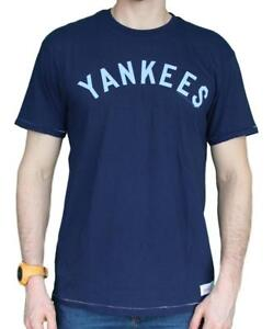 17a2ab4f9 New York Yankees MLB Mitchell   Ness Bases Loaded Vintage Premium ...