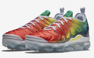 d40881daec6 Nike Air VaporMax Plus RAINBOW White Neptune Green Dynamic 924453 ...