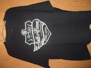 T-Shirt smith and wesson firearms guns 2nd amendment pistol rifle sandw s and...