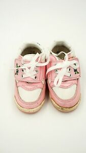 Vintage-80-039-s-MUPPET-BABIES-Kermit-Miss-Piggy-BABY-SHOES-pink-velco-sz-3-toddler