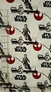 STAR-WARS-THE-FORCE-AWAKENS-Rey-amp-BB-8-100-cotton-fabric-by-the-yard