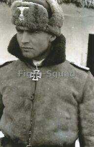 WW2-Picture-Photo-German-Soldier-with-Winter-Uniform-3339