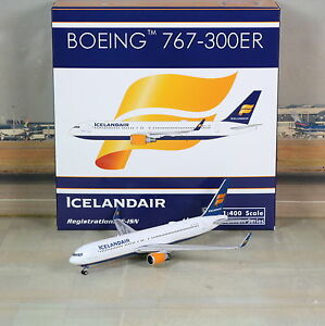 Phoenix PH4ICE1523 Icelandair Boeing 767-300ER TF-ISN Diecast 1/400 Jet Model