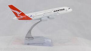 QANTAS-DIECAST-A380-METAL-PLANE-AIRCRAFT-MODELS-ON-STAND-14cm-AEROCRAFT