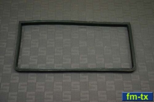 AN//GRC-9 RT-77 ANGRYNINE for receiver RUBBER GASKET INSULATOR