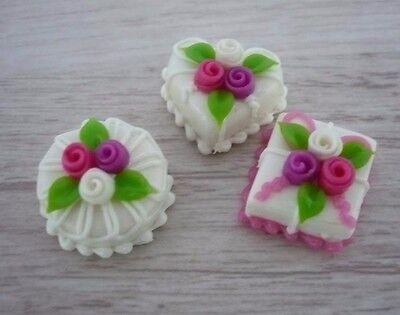 3  Mini White Cake Rose Top Dollhouse Miniatures Food Deco Valentine Day
