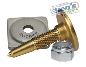 """WOODY/'S 0.920/"""" Traction Master GOLD DIGGER® Snowmobile Stud Packages"""